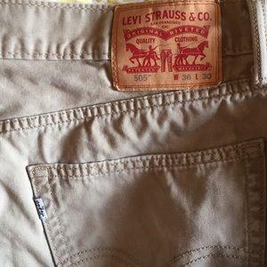 Levis 505 tan cotton 36